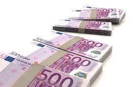 immagine di 6 mazzette da 1000 euro